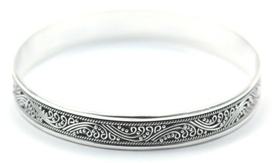 Dewi Solid Flat Heavy Bangle Bracelet