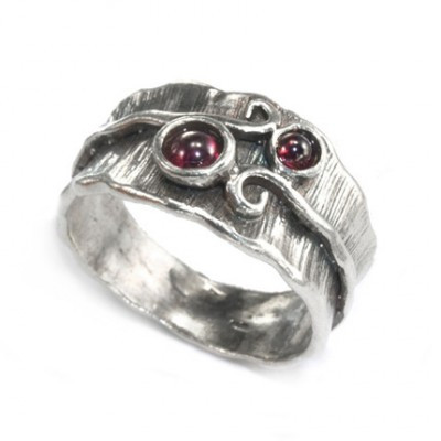 Silver Ring with Garnet, 4 mm, 3 mm
