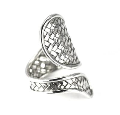 Anya Woven Twist Ring