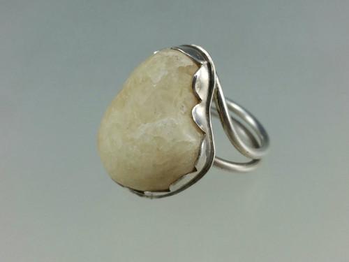Heart Shaped beach stones ring with yellow quartz beach stone