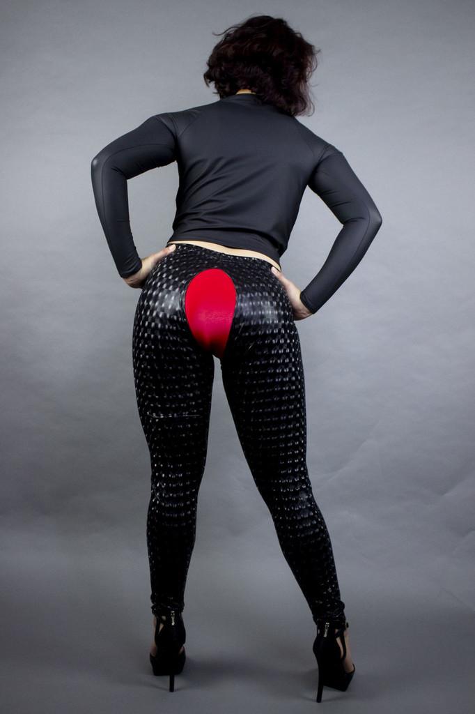 Crotchless leggins
