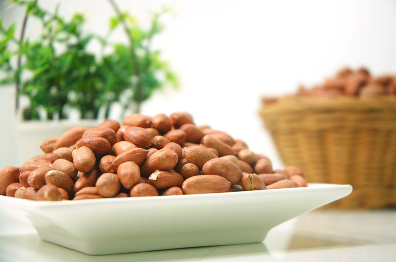 8 Tasty Uses for Raw Redskin Peanuts