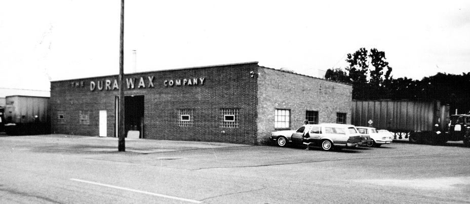 Dura Wax location on Main St. in McHenry, IL