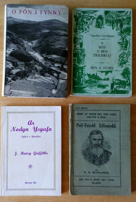 4 Book LOT - Vintage WELSH Language Cymru Poetry Wales