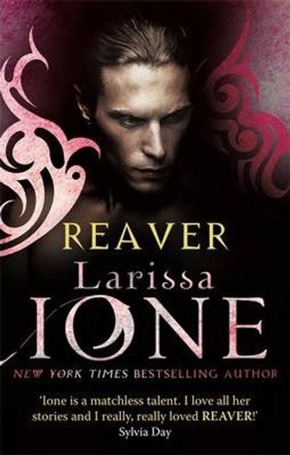 Ione, Larissa / Reaver : Number 6 in series