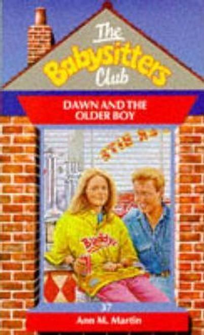 Martin, Ann M. / The Babysitters Club: Dawn and the Older Boy