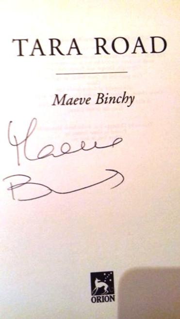 Maeve Binchy / Tara Road (Large Hardback) (Signed by the Author) (2)