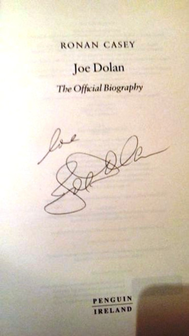 Joe Dolan / Joe Dolan : The Official Biography (Large Hardback) (Signed by the Author) (1)