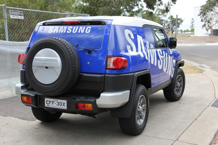 Samsung FJ Cruiser One Way Vision
