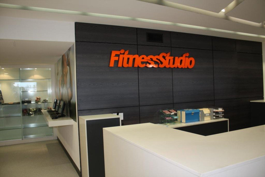 Fitness Studio Floating 3D Reception Sign