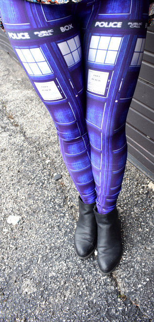 "TARDIS Panel ""Blue Box"" Leggings"