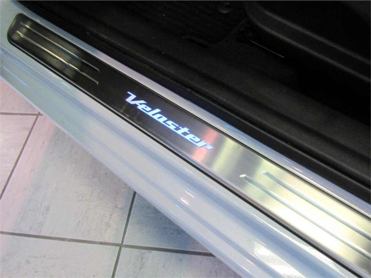 2013 2017 Hyundai Veloster Led Door Sill Plates Free