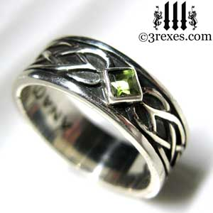 soul-love-anam-gra-mens-silver-celtic-wedding-ring-green-peridot-stone-2-august-birthstone