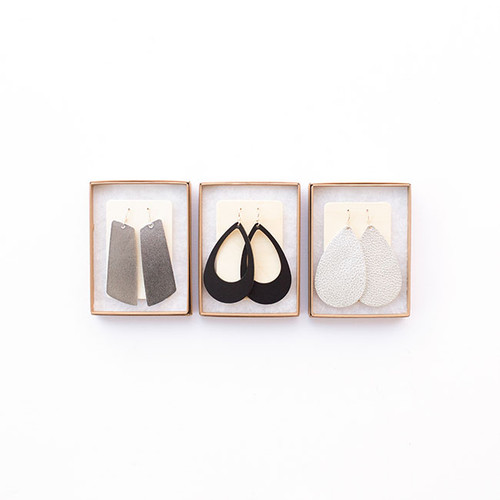 N&S Leather Earrings Gift Set- SILVER Signature Silver Gem, Black Cut-Outs, Silver Shell