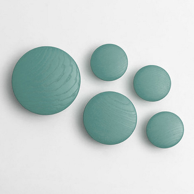 Muuto  |  The Dots Petroleum