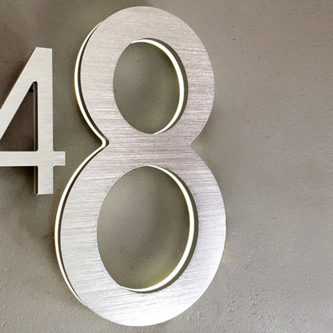 "Luxello  |  Modern LED House Number 8"" Outdoor"