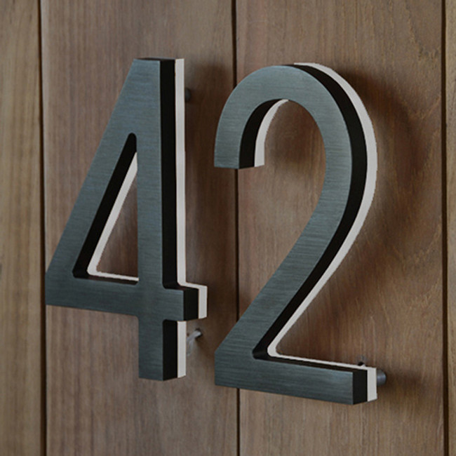 "Luxello  |  Modern LED Bronze House Number 8"" Outdoor"
