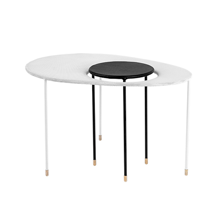 Gubi Kangourou Side Table in white/black