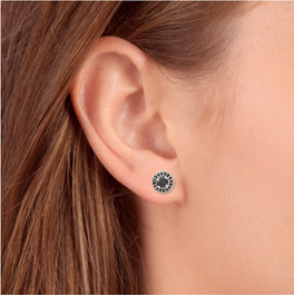 5/8ct Treated Black Diamond Halo Studs 14K White Gold (Black, AAA)
