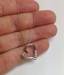 "G/VS Diamond Heart Pendant 3-Stone 10K White Gold with 18"" Chain (G/H, VS)"