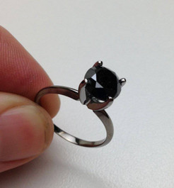 2ct Black Diamond Solitaire Engagement Ring 14K Black Gold (Black, )