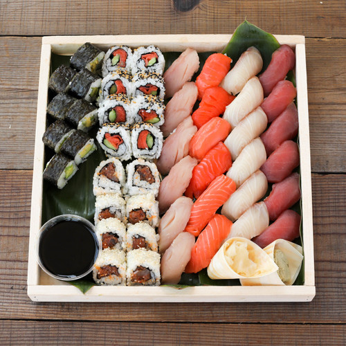 Small Sushi Combo Platter
