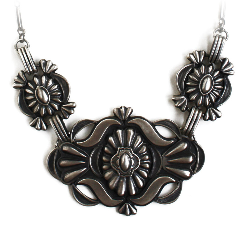 Navajo artist Monty Robertson created this fabulous necklace. Hand made in the USA!