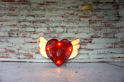 Heart with Wings Metal Marque