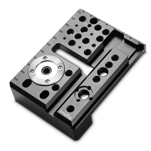 https://d3d71ba2asa5oz.cloudfront.net/12031759/images/smallrig-left-side-plate-for-red-scarlet-wweaponepic-w-1997%20(1).jpg