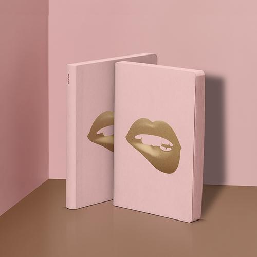 Graphic - Glossy Lips