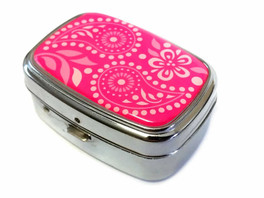 Elite Light Up Portable Pill Box in Style 2