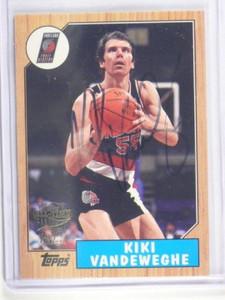 05-06 Topps 52 Style Fan Favorites Kiki Vandeweghe auto autograph #FFA-KVA *3436