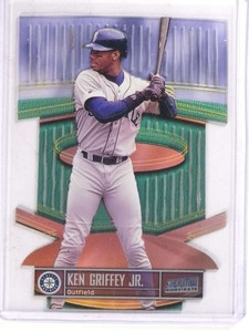 1999 Topps Stadium Club Triumverate Illuminator Ken Griffey Jr. #T3B *69795 ID: 16678