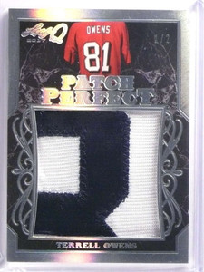 2017 Leaf Q Terrell Patch Perfect Terrell Owens jumbo 2 color patch #D1/2 *70084