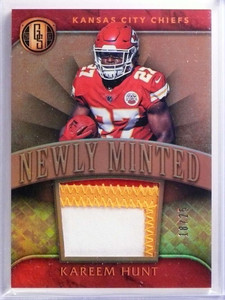 2017 Panini Gold Standard Newly Minted Kareem Hunt 3 color patch #D18/25 *70103