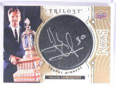2017-18 Upper Deck Trilogy Pucks Trophy Henrik Lundqvist autograph auto *71054