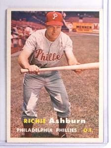 1957 Topps Richie Ashburn #70 VGEX *71131