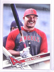 2017 Topps Mike Trout Gray and red Shirt SP #20 *71800