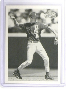 2001 Bowman Heritage Chase Utley Rookie RC #304  *49915