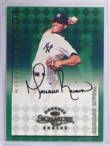 1998 Donruss Signature Millenium Marks Mariano Rivera autograph auto *57737