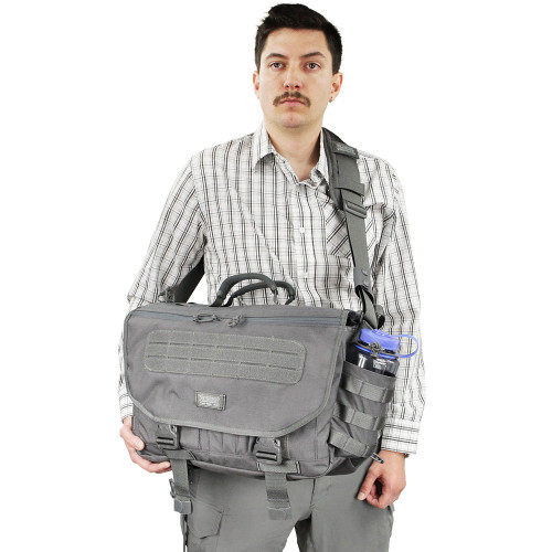 6a341ec6be31 ENVOY 3.0 Messenger Bag - VANQUEST  TOUGH-BUILT GEAR