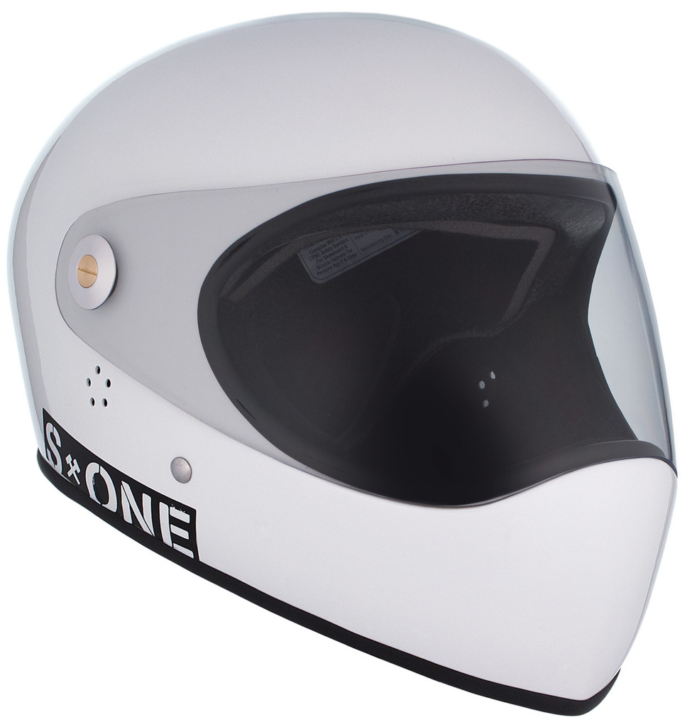 White Gloss W/ Clear Visor | S1 Lifer Full Face Helmet Specs: • Specially formulated EPS Fusion Foam • Certified Multi-Impact (ASTM) • Certified High Impact (CPSC) • 5x More Protective Than Regular Skate Helmets • Deep Fit Design