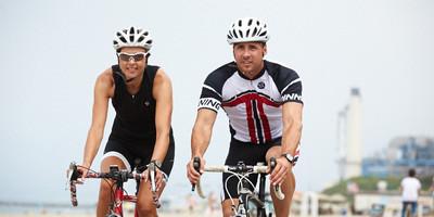 3 Ways to Create a Tour de France Ride