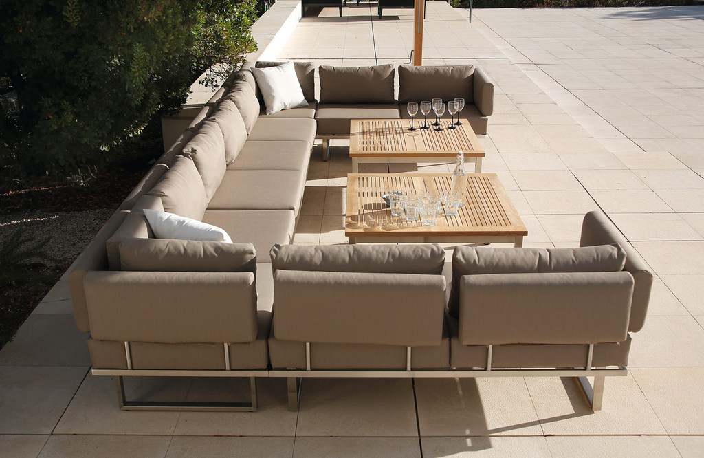Outdoor_Furniture-Pacific_Patio_Furniture-Barlow_Tyrie-Los_Angeles-Mercury_Seating-img31.jpg