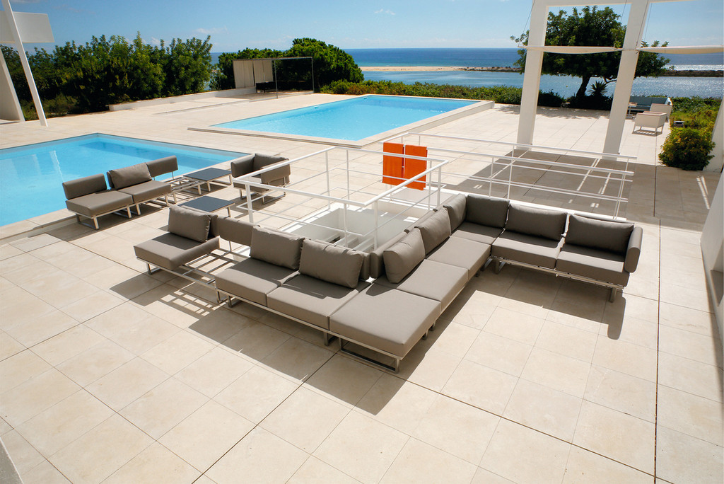 Outdoor_Furniture-Pacific_Patio_Furniture-Barlow_Tyrie-Los_Angeles-Mercury_Seating-img71.jpg