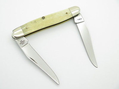 2000 CASE XX MUSKRAT FOLDING POCKET KNIFE JIGGED WHITE BONE