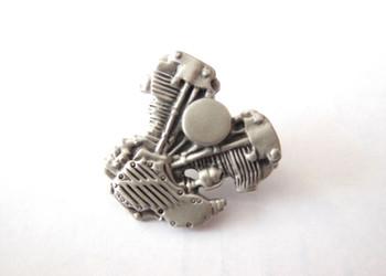 Knucklehead Lapel Pin - Silver Patina